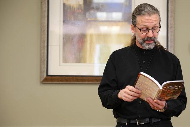 Gareth Brandt reading