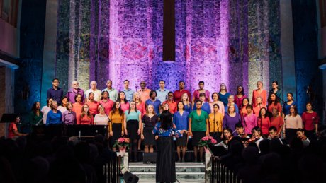 Dr. Melissa Davis and the Tyndale Community Choir