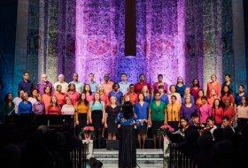Dr. Melissa Davis and the Tyndale Community Choir