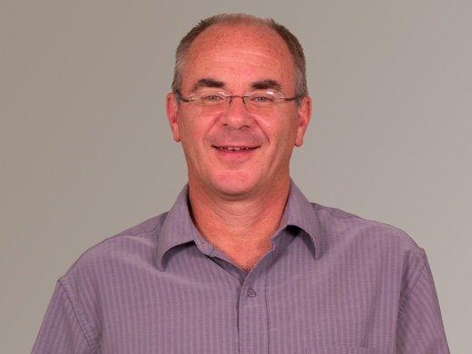 Dr. Arnold Neufeldt-Fast