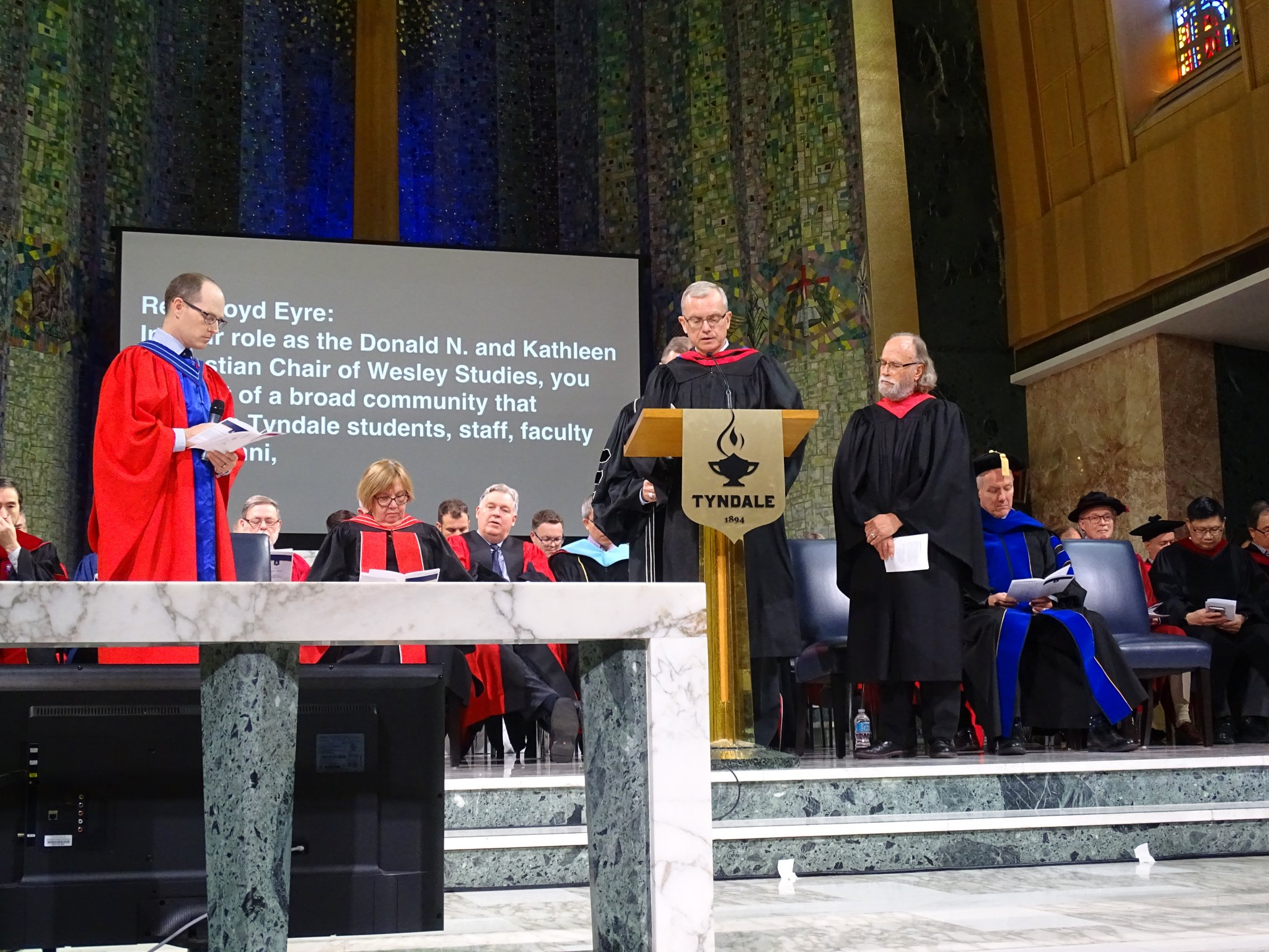 Installation and Commissioning (photo 2)