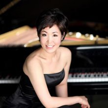 Joy Lee, pianist