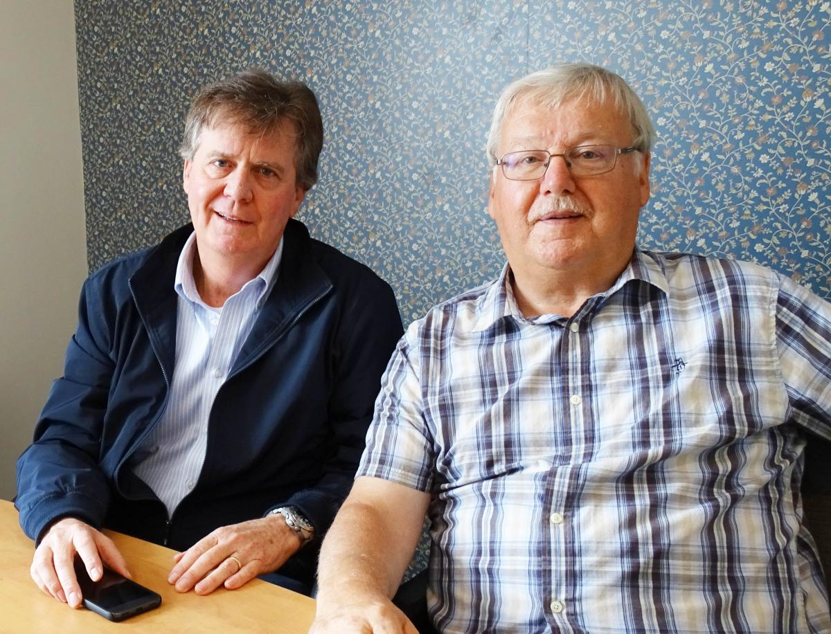 Charles Cook (Jaffray Centre) and Robert Cousins (TIM Centre)